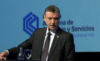 Bajó salarios un 25% y se opone al impuesto a las fortunas | Coronavirus en argentina