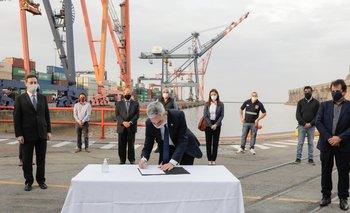 Prorrogan por dos años las concesiones de Puerto Buenos Aires | Mario meoni