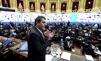 Media sanción al proyecto de ley de educación a distancia | Coronavirus en argentina