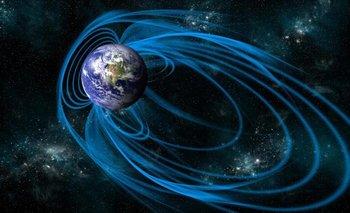 Alertan que el campo magnético de la Tierra se debilita | Fenómenos naturales