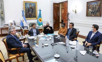 El Gobierno se comprometió a realizar obras en Villa Azul | Coronavirus en argentina