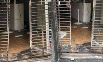 Atacaron con una bomba molotov un local de Forja | Policía de la ciudad