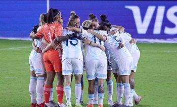 Futbolistas argentinas denuncian por acoso sexual a un entrenador ante la FIFA | Fútbol femenino