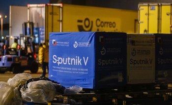 Llegó un nuevo vuelo con 500 mil dosis de Spunitk V al país | Coronavirus en argentina