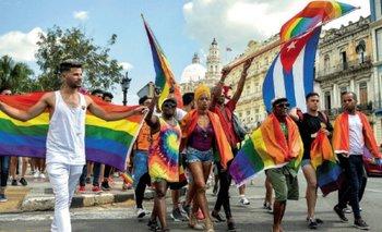 Por qué es el Día contra la Homofobia, la Transfobia y la Bifobia | Discriminación