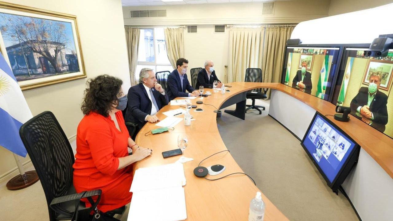 El Gobierno va a declarar 9 días seguidos de confinamiento: lo anunciará esta noche Alberto Fernández