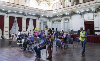 Ciudad abre la inscripción para mayores de 45 años sin comorbilidad  | Vacuna del coronavirus