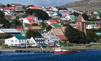Malvinas: ordenan embargo millonario por explotación petrolera ilegal   Islas malvinas