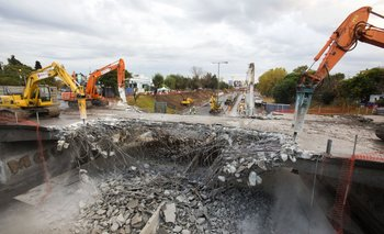 Video: mirá la demolición de los puentes Beiró y Lope de Vega sobre la General Paz   Ministerio de planificación federal