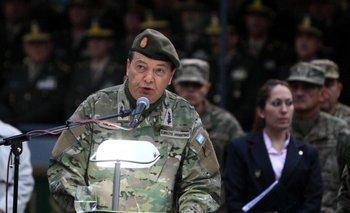 """Milani se despidió con críticas a """"los ataques mediáticos y sistemáticos""""   Ejército"""