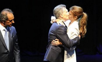 El famoso beso entre Macri y Awada ¿fue real o ensayado?   Karina rabolini