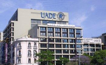 Suspendieron a un profesor de la UADE denunciado por acoso y abuso sexual | Abuso