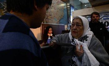 Madres de Plaza de Mayo reclaman por la liberación de Facundo Jones Huala   Jones huala