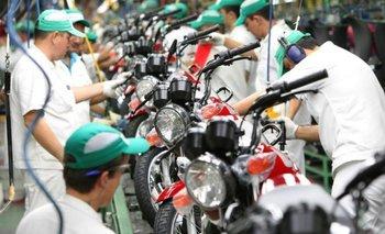 Se derrumbó el patentamiento de motos y se agrava la crisis en el sector | Motos