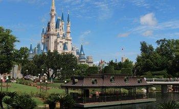 ¡Parques de Disney! Uno desdeñado y otro obligatorio | Disney