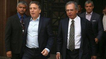 El Gobierno dice que buscaría una moneda común con Brasil | Bolsonaro en argentina