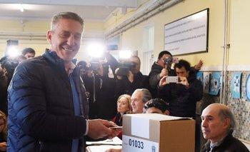 Con duras críticas al Gobierno, Arcioni busca su reelección   Elecciones chubut