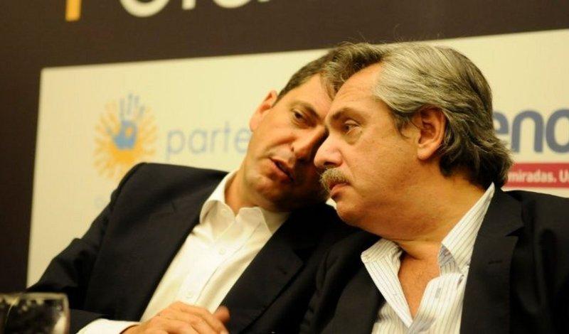 Argentina: Elecciones 2019 (timón a la derecha)  Sergio%20massa%20y%20alberto%20fernandez