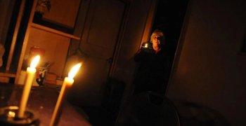 Tras cuatros años de tarifazos, 10.000 usuarios sin luz | Tarifazo