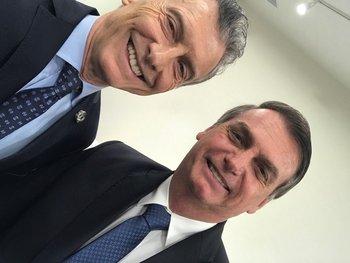 Tras encontrarle 39 kilos de cocaína, Bolsonaro y Macri se sacaron una foto | G20
