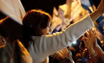 VIDEO: Cristina Kirchner llegó a Chaco y tuvo un espectacular recibimiento   Elecciones 2019