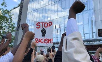 La Policía de París reprime una protesta contra el racismo | Francia
