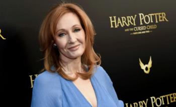 Nuevos tuits incriminan a J.K Rowling por transfobia | En redes