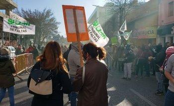El intendente de Córdoba despidió a 117 trabajadores | Coronavirus en argentina