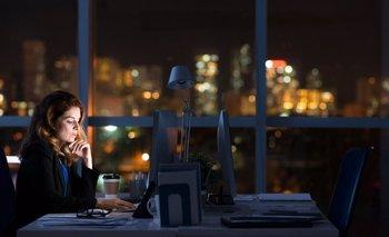 Cómo afecta la depresión en las personas que trabajan de noche | Salud mental