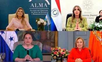 Fabiola Yánez y las primeras damas debatieron sobre medio ambiente   Medio ambiente