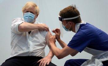 El Reino Unido donará 100 millones de vacunas contra el COVID-19 | Vacuna del coronavirus
