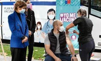 COVID-19: Chile combina las vacunas AstraZeneca y Pfizer en hombres menores de 45 años | Vacuna del coronavirus