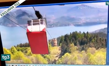 Video: el momento exacto de la caída del teleférico en Italia | Italia