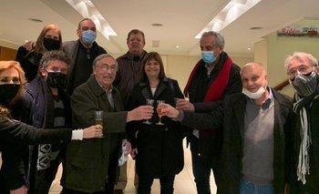 Papelón de Bullrich por no respetar los protocolos en la vuelta del teatro | Segunda ola de coronavirus
