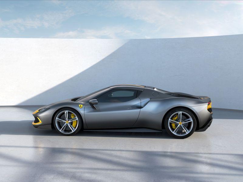 El impresionante auto híbrido que presentó Ferrari  | Venta de autos