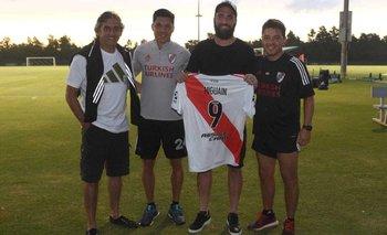 Higuaín visitó al plantel de River y comenzaron los rumores | Gonzalo higuaín