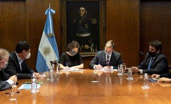 El Gobierno pone en marcha un plan de salud para las prisiones | Coronavirus en argentina