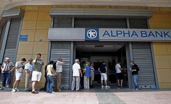 El corralito en Grecia entró en su día 17 y vuelve a extenderse   Crisis en grecia