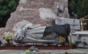 Inauguraron la estatua de Juana Azurduy: ¿Donde quedó el monumento a Colón? | Basta de demoler