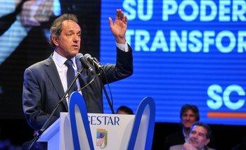 """Scioli contra Macri: """"Hablan de cambio y al final los que cambiaron fueron ellos""""   Carlos zannini"""