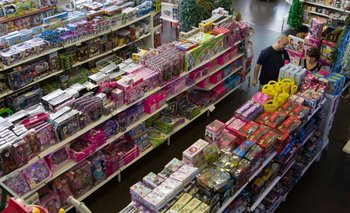 Día del Niño: los supermercados se llevan todas las importaciones de juguetes | Empresarios