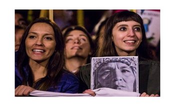 El fiscal pidió embargar la caja de seguridad de Florencia Kirchner   Florencia kirchner