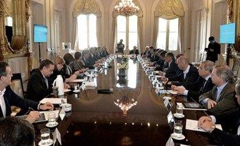 Macri aumentó el Presupuesto 2017 en medio de la campaña   Presupuesto 2017