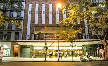 Cerró el cine Gaumont: denuncian que no puede pagar la luz | Incaa