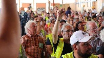 """Francia:  los """"chalecos amarillos"""" se preguntan cómo seguir   Chalecos amarillos"""