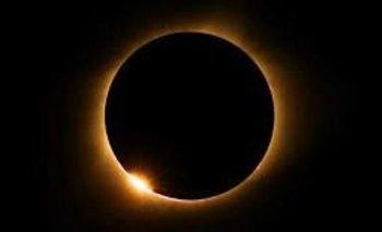 Cómo ver el eclipse solar por streaming  | Eclipse solar