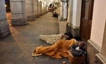Otra postal de la crisis: River abre sus puertas a las personas en situación de calle | Pobreza