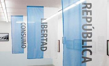 La impactante exposición de arte que desnuda el fraude político del macrismo | Cambiemos