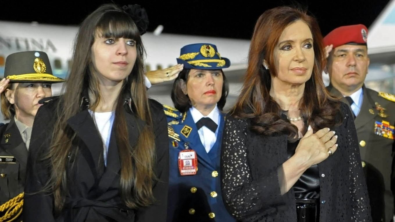 Autorizan a Cristina a viajar a Cuba a ver a su hija