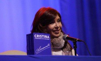 """Cristina Kirchner: """"Me tiene preocupada la campaña sucia y violenta del Gobierno""""   Presentación de sinceramente"""